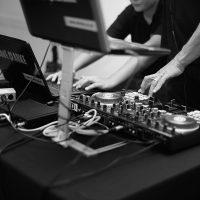 Manor Hill House wedding DJs